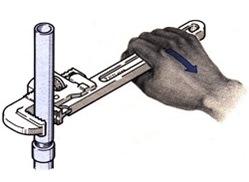 cara menggunakan pipe wrench